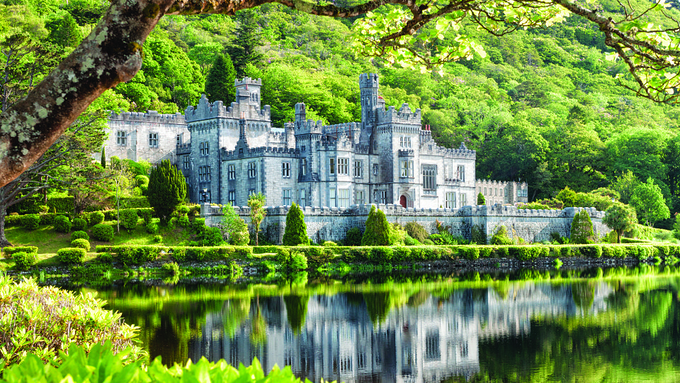 /images/r/kylemore-abbey-ireland/c960x540g0-96-4752-2768/kylemore-abbey-ireland.jpg